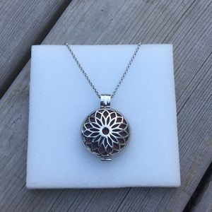 Locket Style Essential Oil Diffuser Necklace